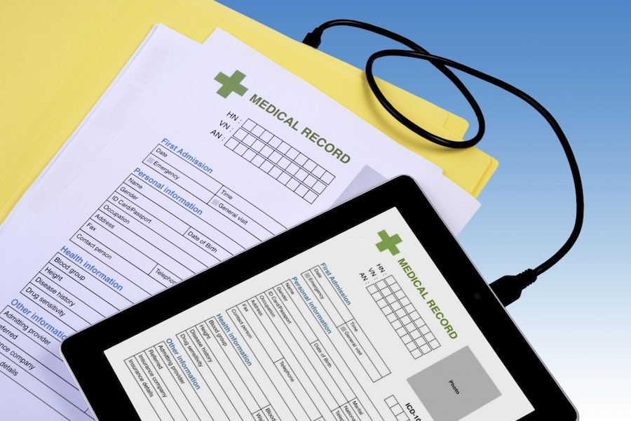 Medical record transfer to tablet.