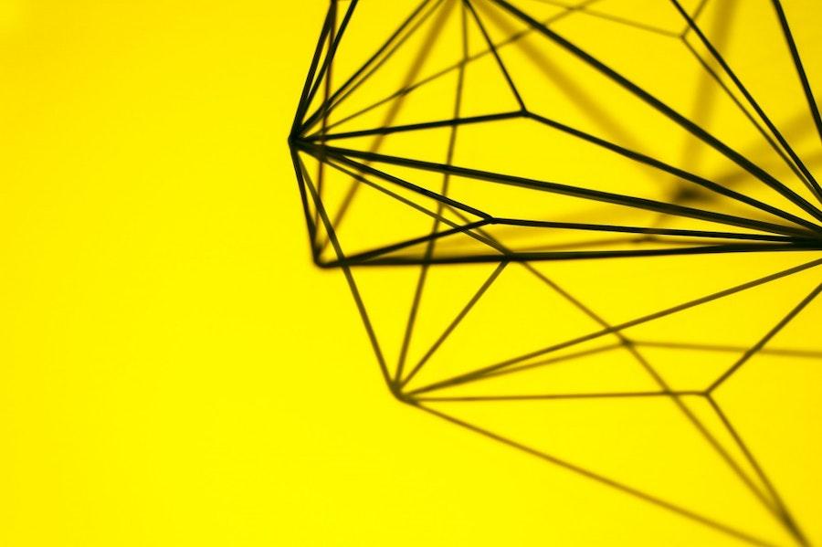 yellow-metal-design-decoration 2