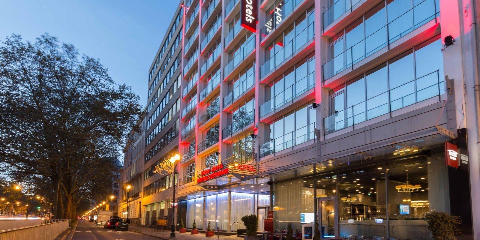Thon Hotel Bristol Stephanie exterior
